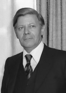 helmut_schmidt_1975