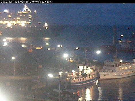 Queen Mary 2 an der Alten Liebe